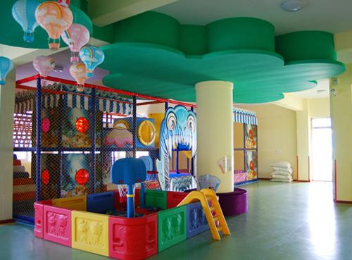幼教部-室内游戏区