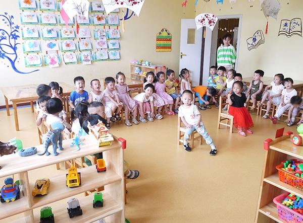 高安幼儿园-学生互动